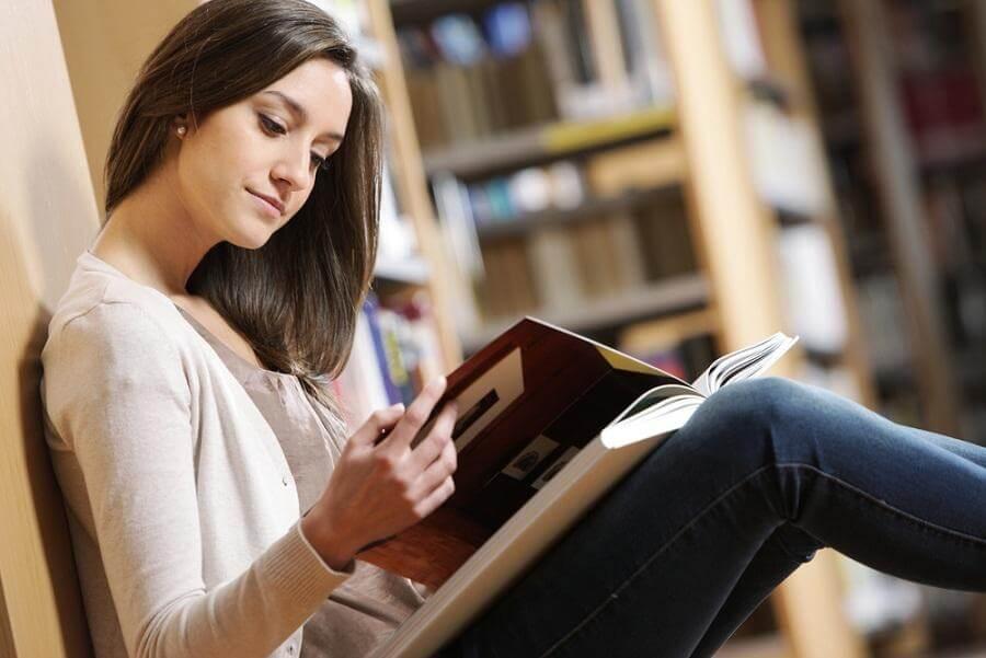Đọc từng luận điểm được đưa ra trong sách