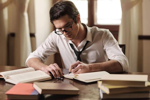 Vừa đọc sách vừa ghi chú