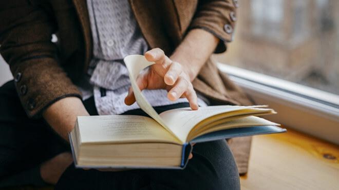 Cách đọc sách hiệu quả: 6 bước đơn giản để đọc 1 cuốn sách trong 1 tuần